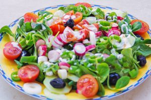 vegetable salad-How to use fruits and vegetables to manage your weight