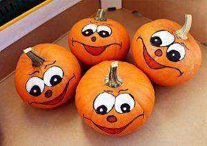 Smiling pumpkins-growing-pumpkins
