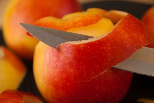 Apple peel-fruit- peel health- benefits