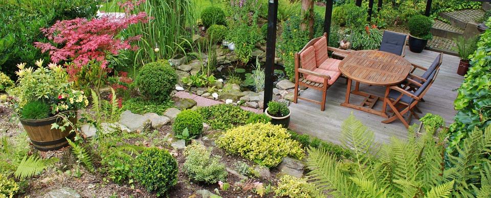 A terrace garden-slopes-and hillside-gardens